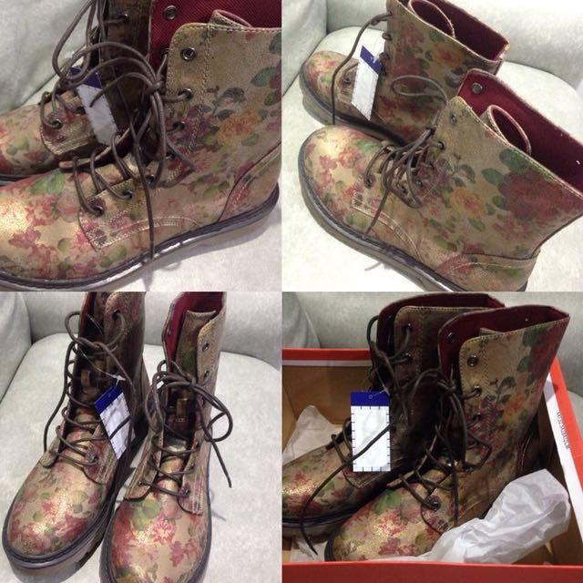 Vintage Floral Boots