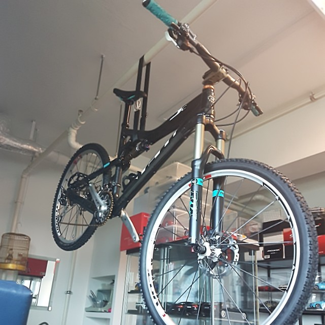Yeti ASR 5C carbon full sus mtb (new and unridden frame)