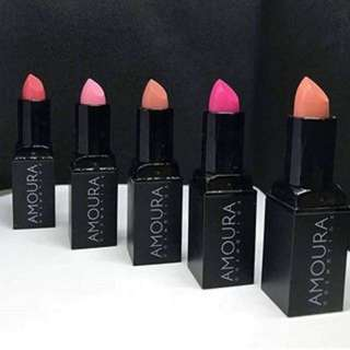 (PO)Amoura Matte Twist Up Lipstick