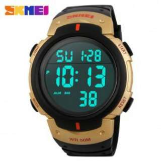 SKMEI Digital Watch - Black Gold
