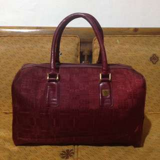Givenchy Authentic Speedy 33