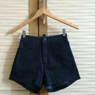 Short pants polkadot bkk
