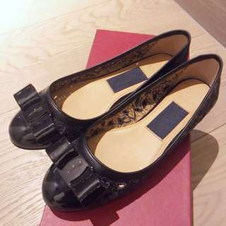 Salvatore Ferragamo black embroidered flats size 6 /36