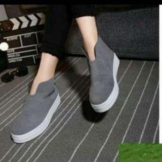 全新】V口顯瘦灰色厚底鞋