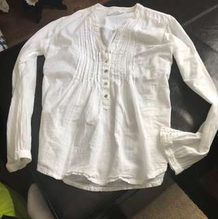 Buttoned Blouse (Size Medium)