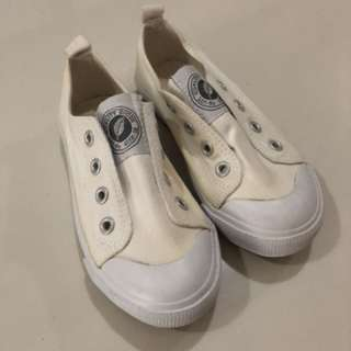 Off-white Sneakers by H&M