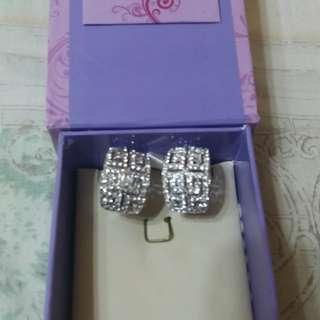 givency earrings