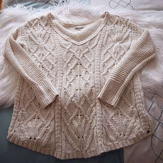 American Eagle Ivory Sweater
