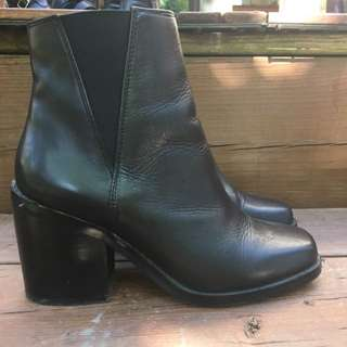 Shellys london Booties -REDUCED- Like New!