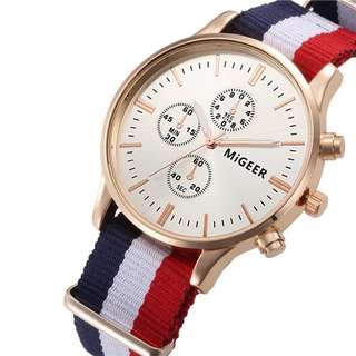 Fashion Couple Lover Men and Women's Watches Nylon Braid Striped Quartz Watches 0103 Black and White
