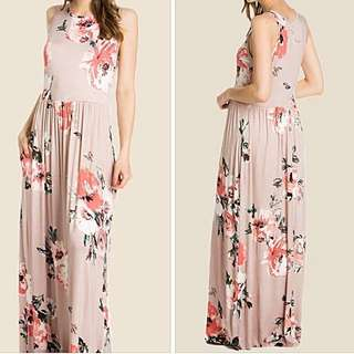 Maxi sleeveless dress