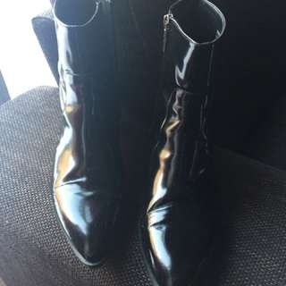 Pertini patent leather chelsea boots