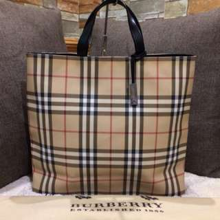 Authentic Burberry Nova Check Tote With Dustbag