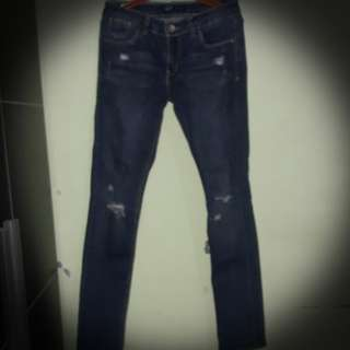 Levis original Ripped Jeans