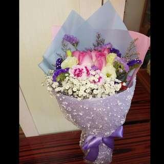 😘💐鮮花花束 $390 Fresh Flower Bouquet