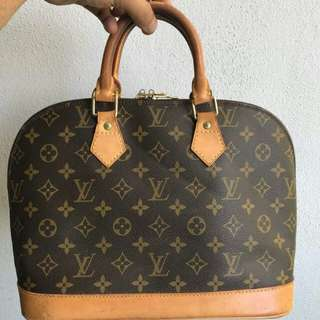 Authentic Louis Vuitton Monogram Alma