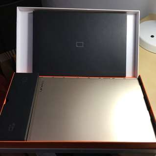 Lenovo Yoga Book Champaign Gold 64gb