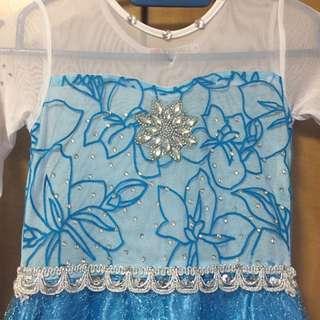 Girl dress frozen dress Elsa dress (size 130)
