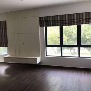 Spacious studio and master room for rent