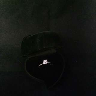 18k White Gold Engagement Ring (pawnable)