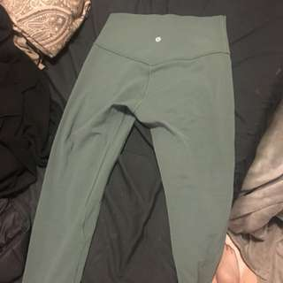 Align Lululemon crop size 6 army green