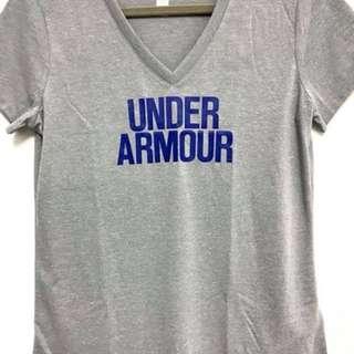 🚚 Under Armour 女v領短T恤
