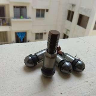 Nut Tayar