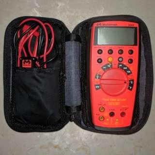 Wavetek Meterman 38XR Multimeter