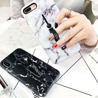 Casing Handphone - Hand Strap White & Black Fashion Marble