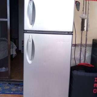 LG Expresscool Refrigerator