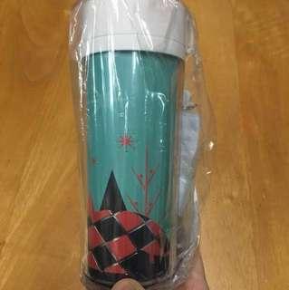 NEW 全新. Pacific Coffee Mug 杯. 容量300毫升 Christmas limited edition 原價:88 Original Price: $88