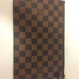 Louis Vuitton Neverfull Pouch