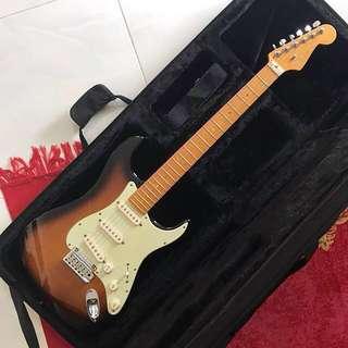 """Fender American Deluxe Stratocaster """"V"""" Neck"""