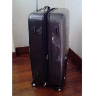 28in 4 Wheels Travel Luggage (Hardcase)