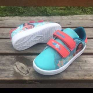 Instock moana shoe brand new size 26-29 Available pm me for more details