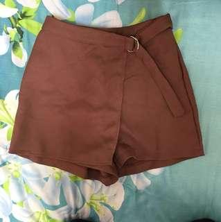 🚚 棕紅色A字褲裙