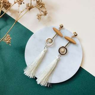 (Instock) Mulberry Tassel Earrings