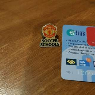 Rare Manchester United soccer school lapel pin
