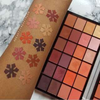Life On the Dancefloor - Guestlist Eyeshadow Palette Palette By Makeup Revolution