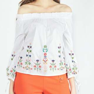 Moss Fashion Embroidery Top
