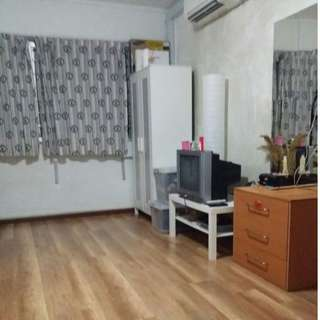 Master Room for rent - Mins walk to KOVAN MRT