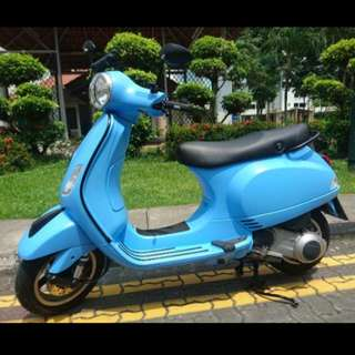 Amazing condition Vespa LX150ie (4years COE)