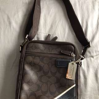 Pre-Loved Authentic Coach bag