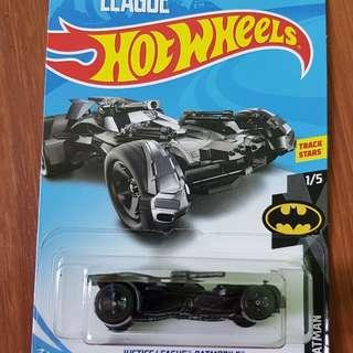 Justice League Batmobile Hotwheels