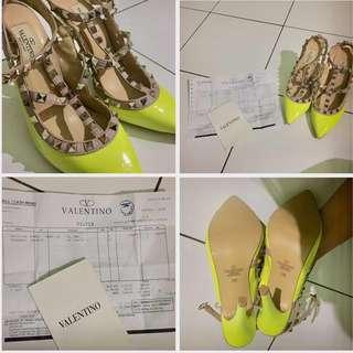 Heels Valentino Rockstud Original (36)