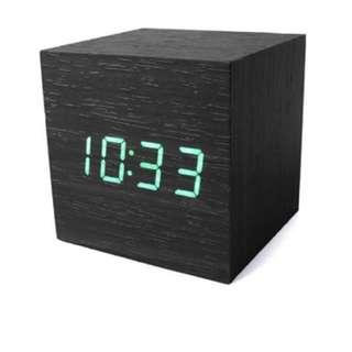 LED Wood Cube Clock