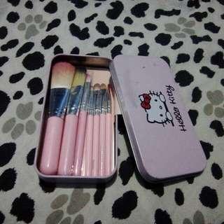 7 pcs brushes