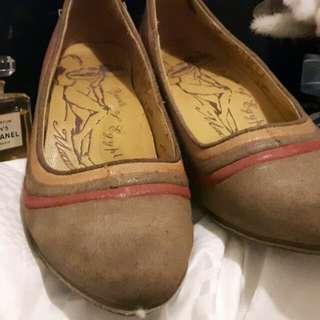 🚚 麥坎那經典款式淑女鞋