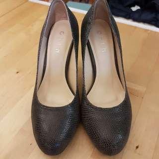 🚚 ORIN 跟鞋 尺寸36.5 極新
