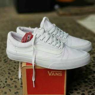 VANS OLDSKOOL ALL WHITE (PREMIUM)